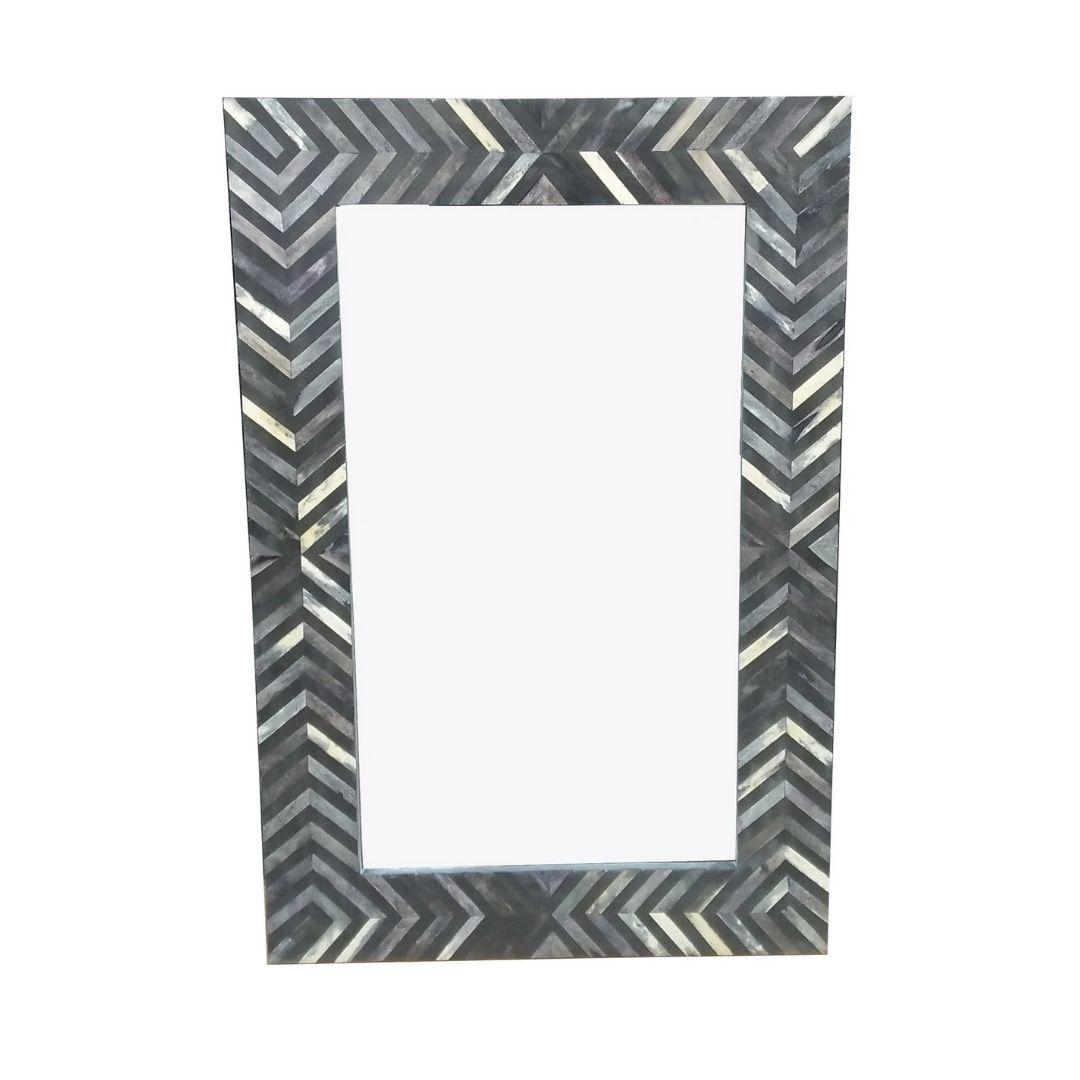 Black lattice mirror